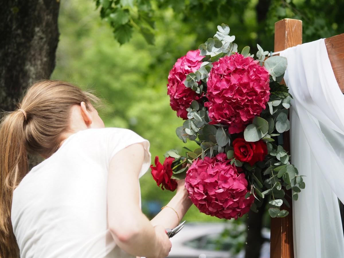свадебная арка с тканью
